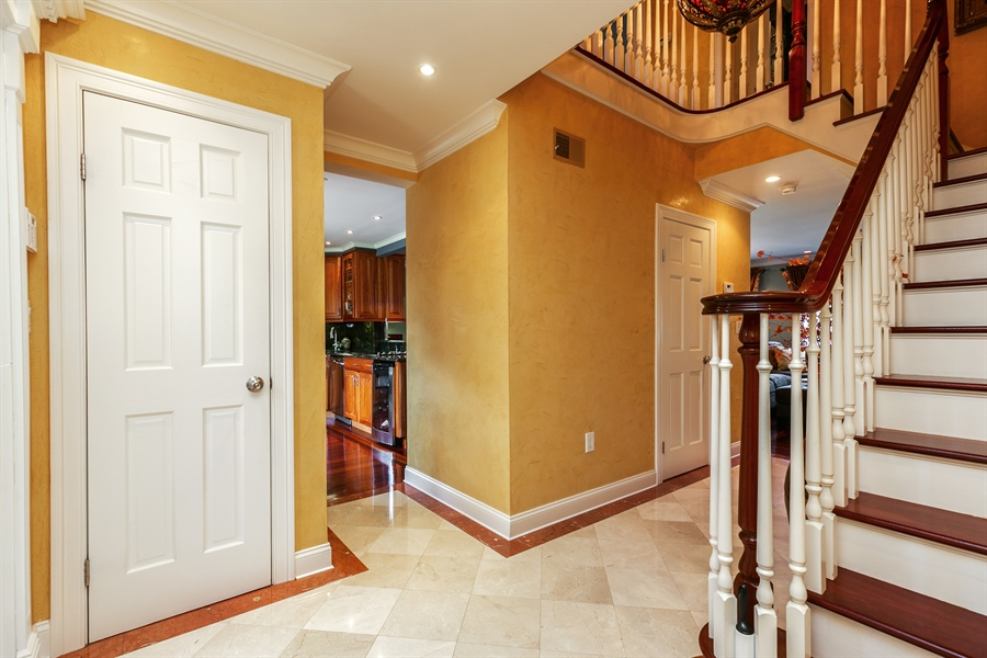 Real Estate Photography - 86 Krystal Drive, Somers, NY, 10589 - Foyer