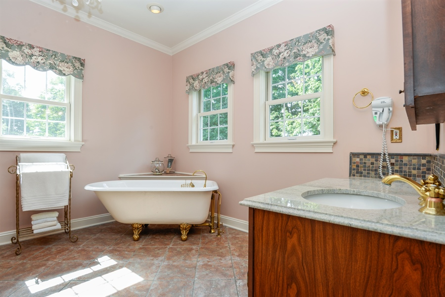 Real Estate Photography - 52 Hog Hill Road, Chappaqua, NY, 10514 - Luxury Master Bath