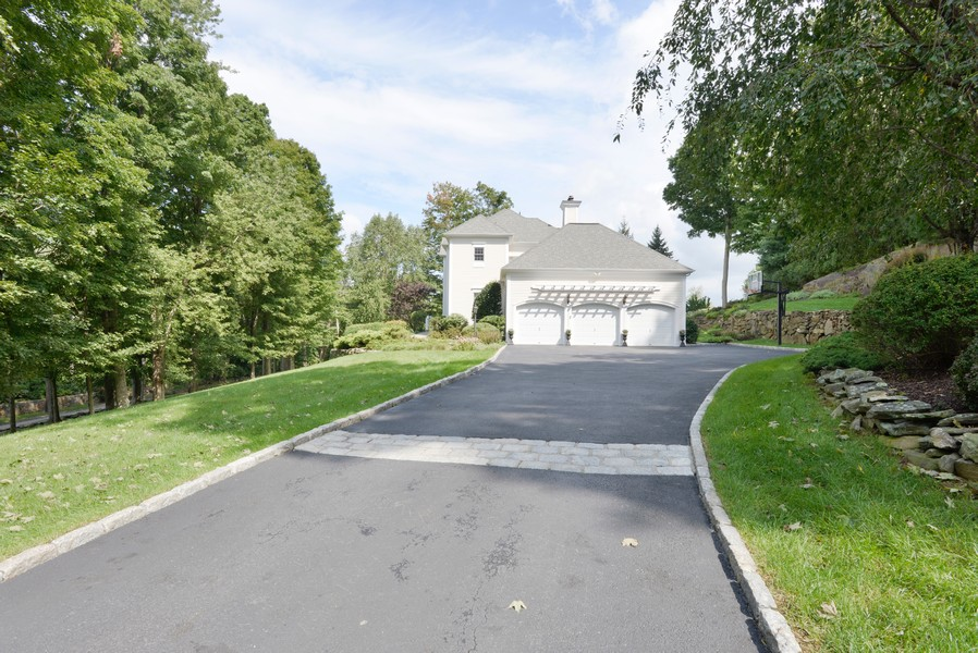 Real Estate Photography - 52 Hog Hill Road, Chappaqua, NY, 10514 - Welcoming Approach