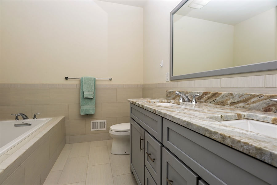 Real Estate Photography - 11 Hedges Court, Cortlandt Manor, NY, 10567 - Master Bathroom