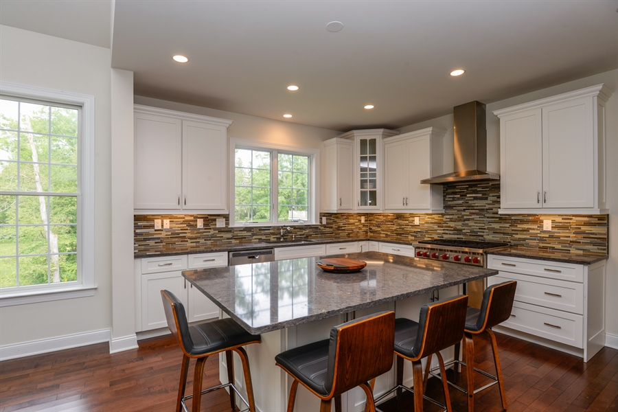 Real Estate Photography - 11 Hedges Court, Cortlandt Manor, NY, 10567 - Kitchen