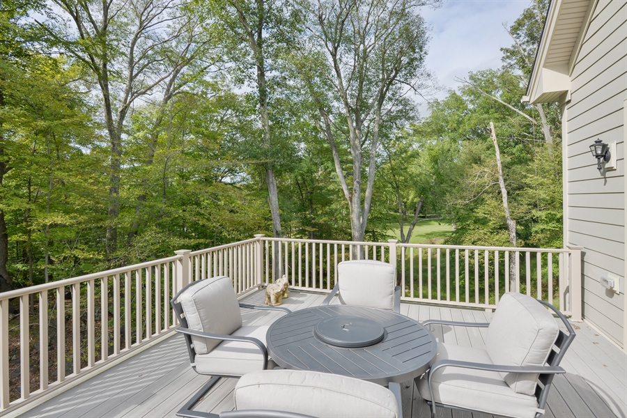 Real Estate Photography - 11 Hedges Court, Cortlandt Manor, NY, 10567 - Deck