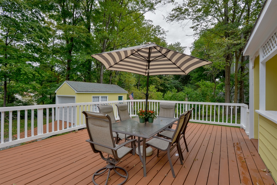 Real Estate Photography - 11 west meadow, Goldens Bridge, NY, 10526 - Deck