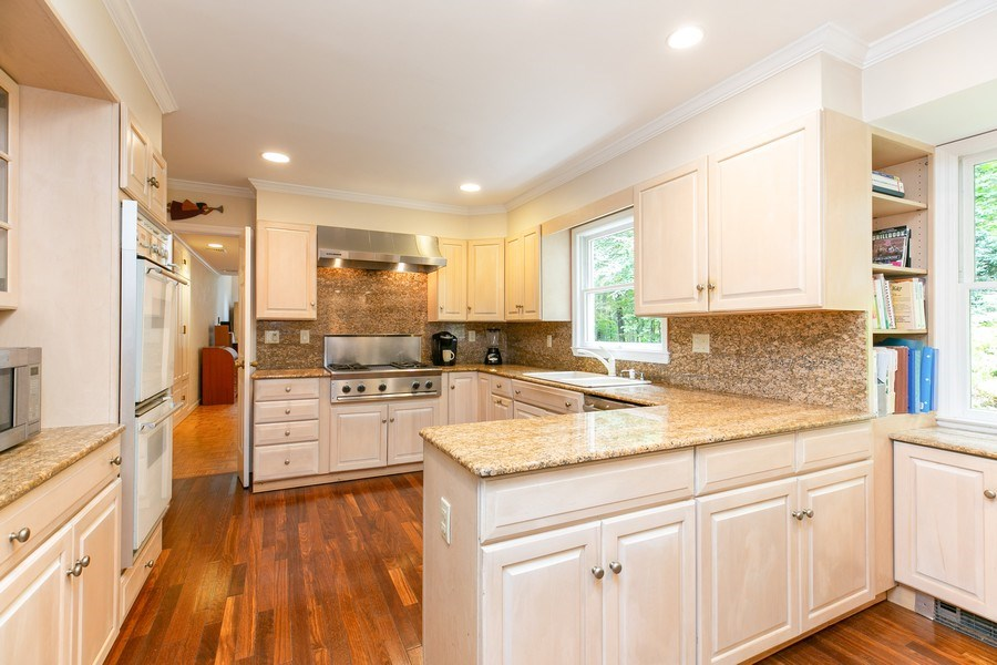 Real Estate Photography - 15 Surrey Lane, Ossining, NY, 10562 - Kitchen