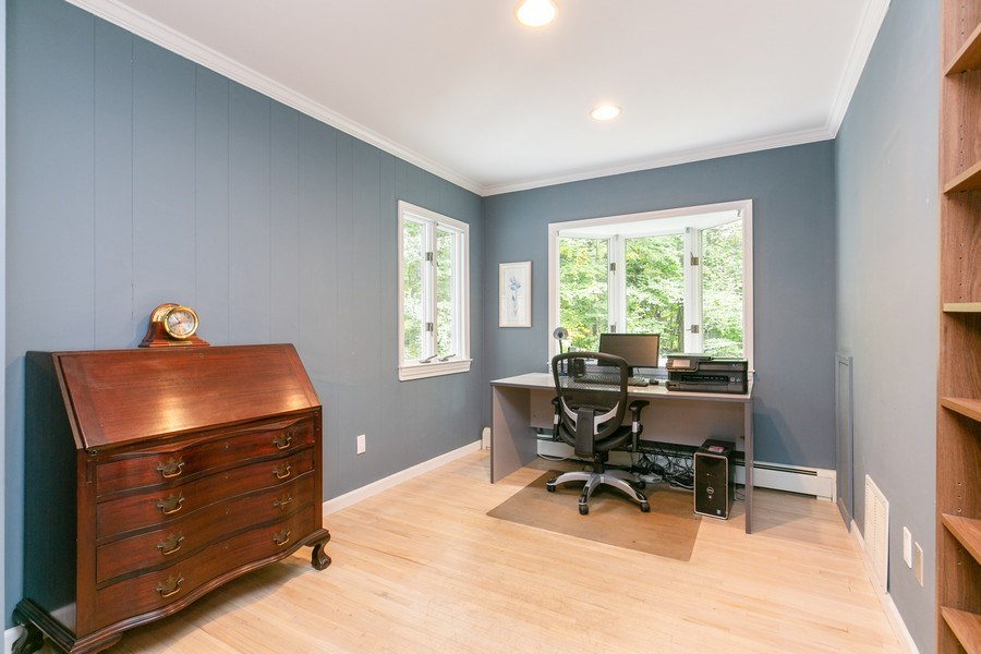 Real Estate Photography - 15 Surrey Lane, Ossining, NY, 10562 - Study