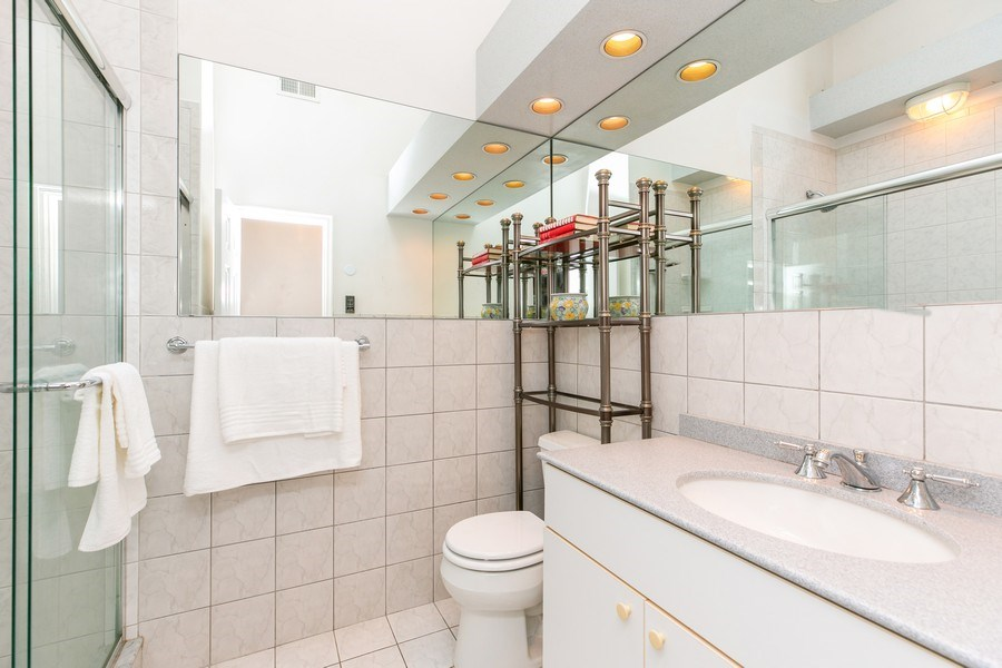 Real Estate Photography - 15 Surrey Lane, Ossining, NY, 10562 - Bathroom