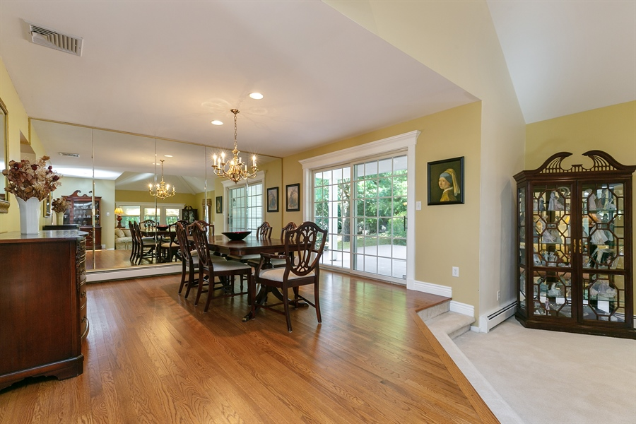 Real Estate Photography - 5 Elizabeth Ct, Briarcliff Manor, NY, 10510 - Dining Room