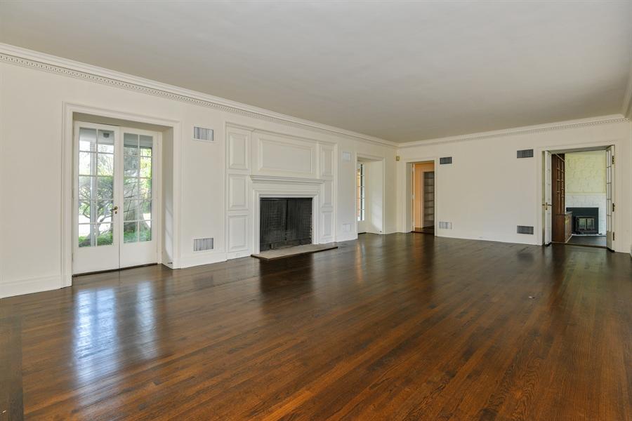 Real Estate Photography - 802 Old Kitchawan Road North, Ossining, NY, 10562 - Living Room