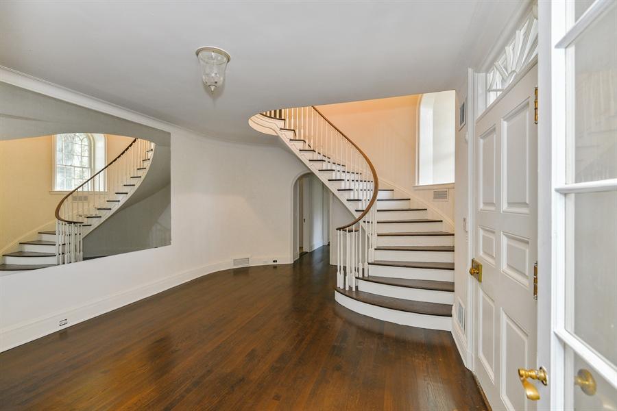 Real Estate Photography - 802 Old Kitchawan Road North, Ossining, NY, 10562 - Foyer
