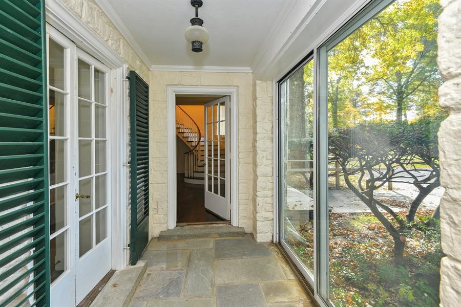 Real Estate Photography - 802 Old Kitchawan Road North, Ossining, NY, 10562 - Breezeway