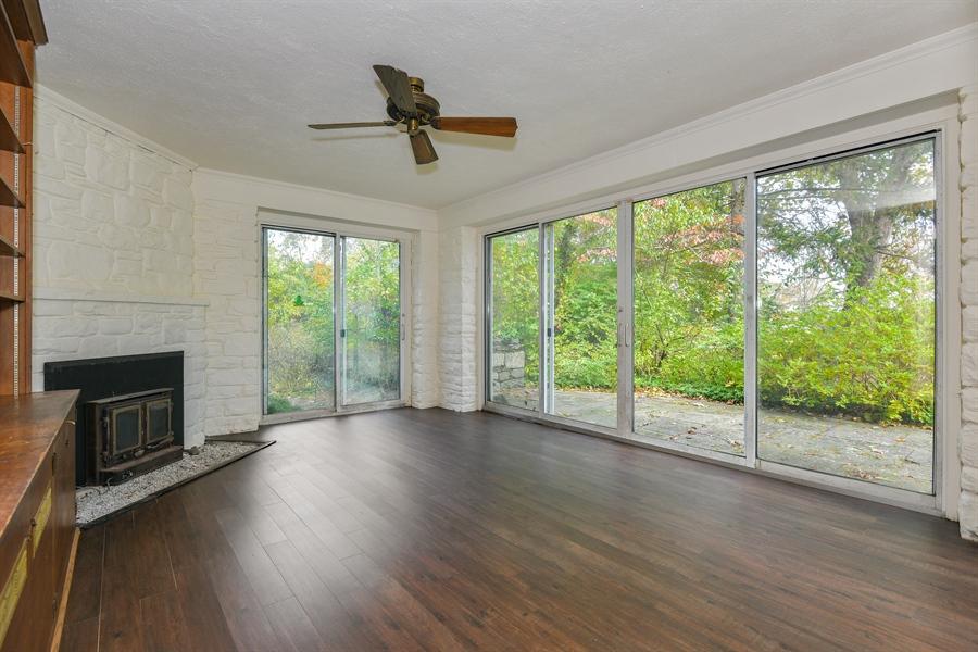 Real Estate Photography - 802 Old Kitchawan Road North, Ossining, NY, 10562 - Sun Room