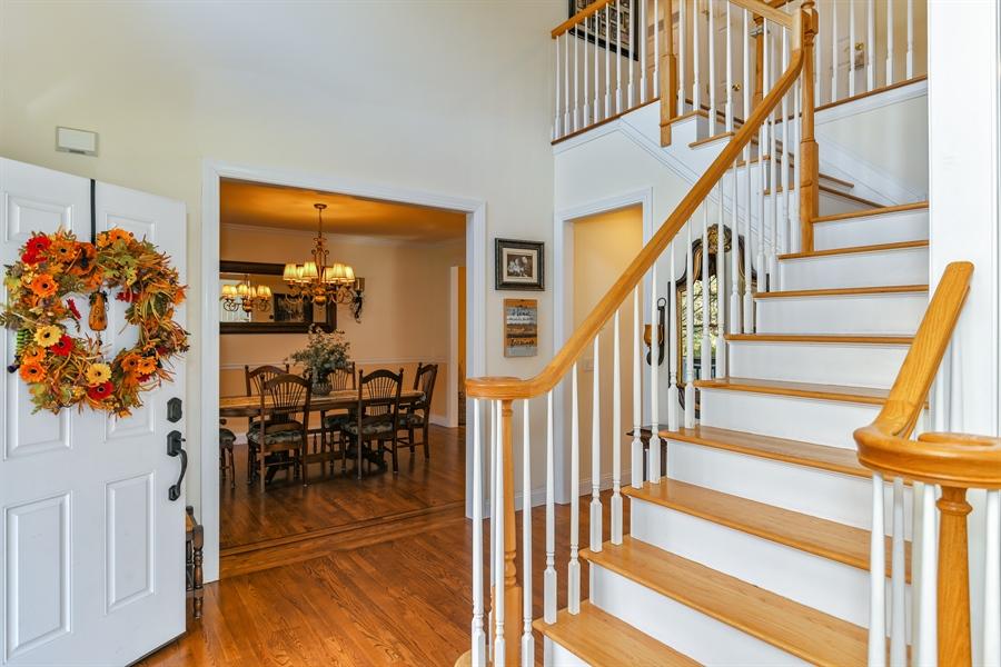 Real Estate Photography - 6 Amato Dr East (aka Michael J. Amato Dr, Cortlandt Manor, NY, 10567 - Foyer