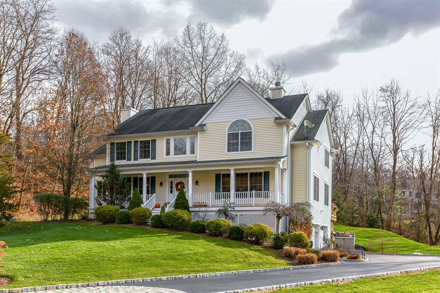 Real Estate Photography - 6 Amato Dr East (aka Michael J. Amato Dr, Cortlandt Manor, NY, 10567 - Front View
