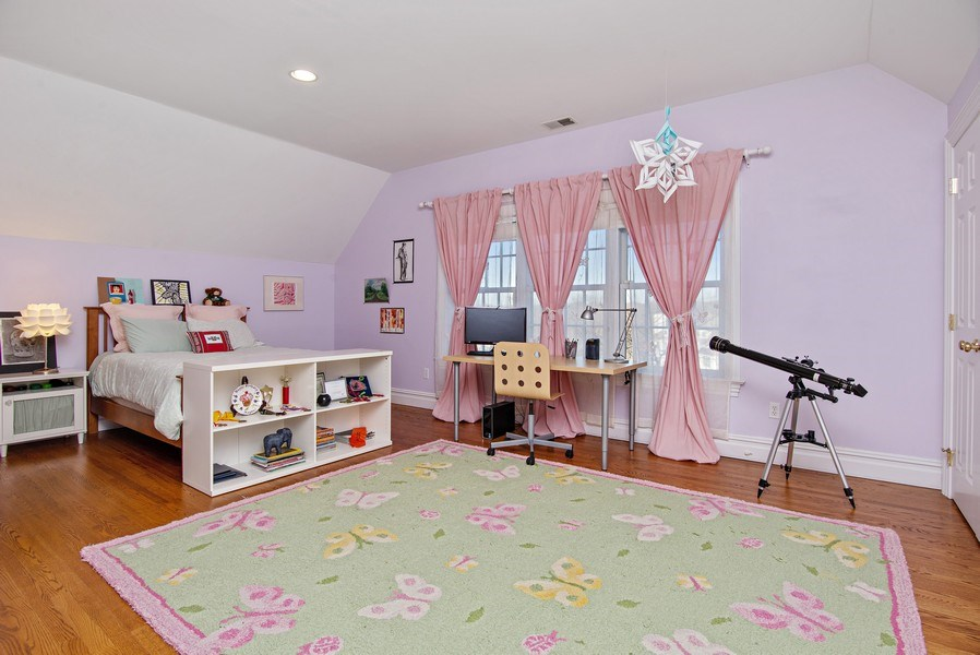 Real Estate Photography - 202 Hirst Rd, Briarcliff Manor, NY, 10510 - Fourth Bedroom w/Jack & Jill Bathroom