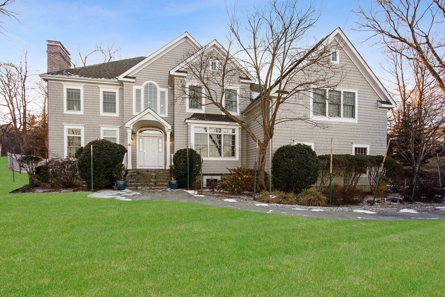 Real Estate Photography - 202 Hirst Rd, Briarcliff Manor, NY, 10510 - Welcome to 202 Hirst Road