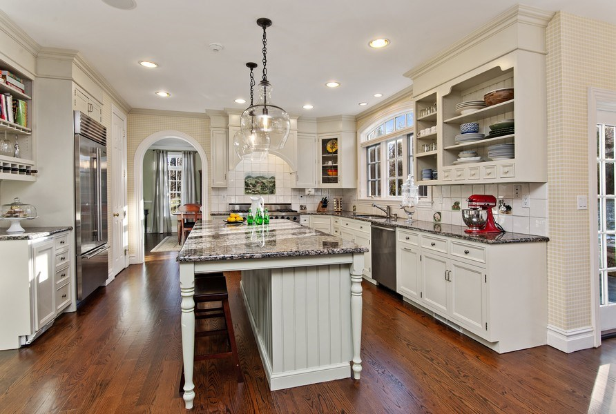 Real Estate Photography - 202 Hirst Rd, Briarcliff Manor, NY, 10510 - Stunning Gourmet Kitchen w/Center Island