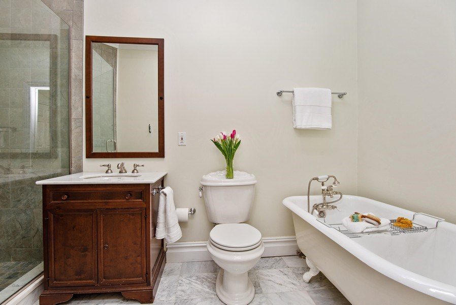 Real Estate Photography - 202 Hirst Rd, Briarcliff Manor, NY, 10510 - Full Hall Bathroom w/walk-in Shower & Footed Tub