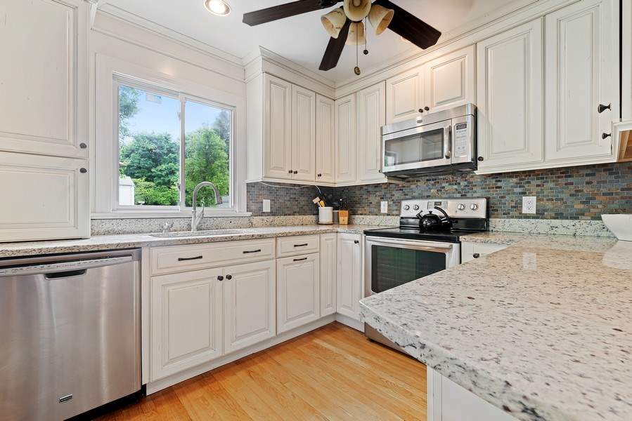 Real Estate Photography - 2896 S Deerfiled Ave, Yorktown Heights, NY, 10598 - Kitchen