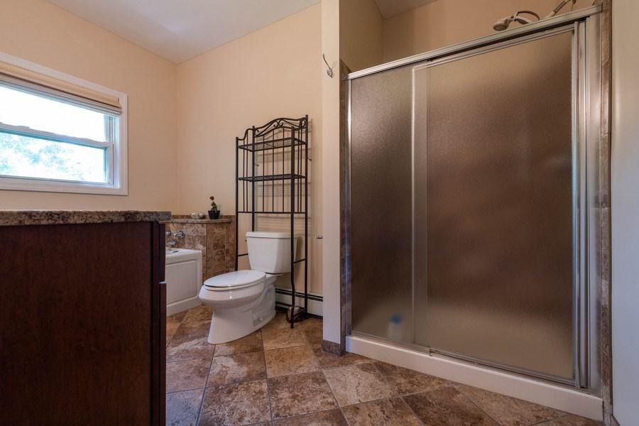 Real Estate Photography - 1825 CROMPOND ROAD, PEEKSKILL, NY, 10566 - Master Bathroom