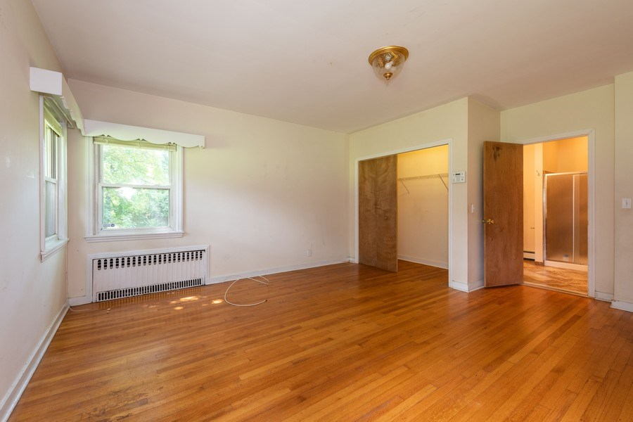 Real Estate Photography - 1825 CROMPOND ROAD, PEEKSKILL, NY, 10566 - Master Bedroom