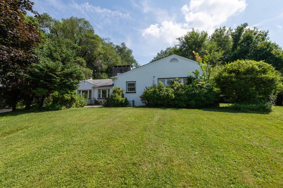 Real Estate Photography - 1825 CROMPOND ROAD, PEEKSKILL, NY, 10566 - Front View