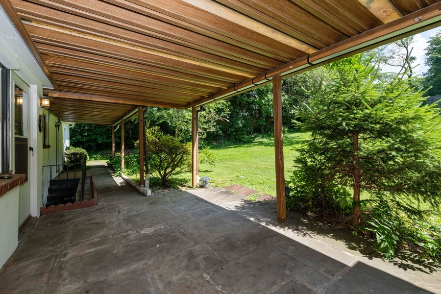 Real Estate Photography - 1825 CROMPOND ROAD, PEEKSKILL, NY, 10566 - Patio