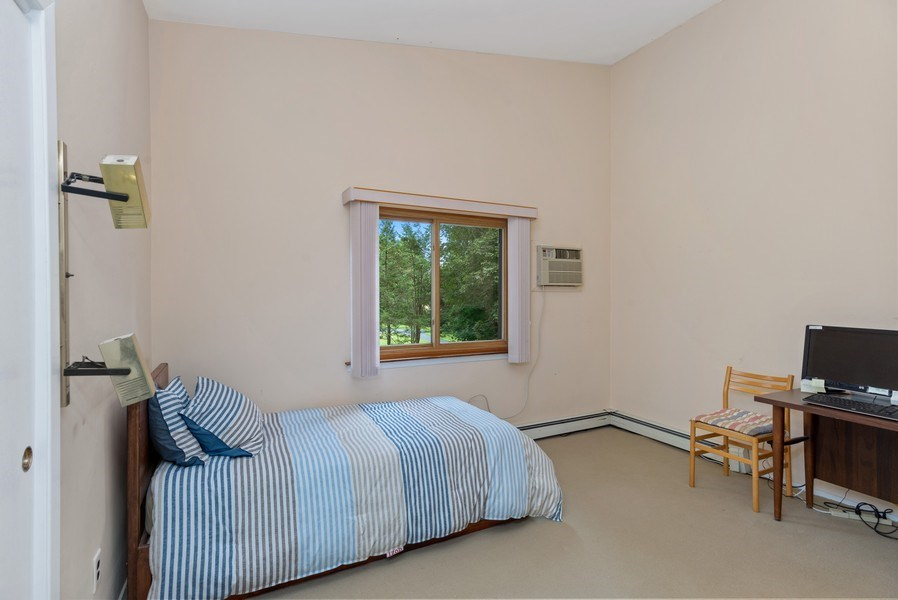 Real Estate Photography - 3 Morningside Ct, Ossining, NY, 10562 - Second Bedroom w/hardwood floors under carpet