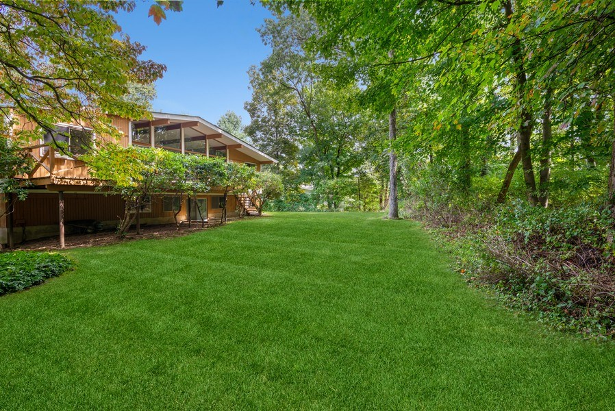 Real Estate Photography - 3 Morningside Ct, Ossining, NY, 10562 - Fabulous Level Backyard/Rear of house/Privacy