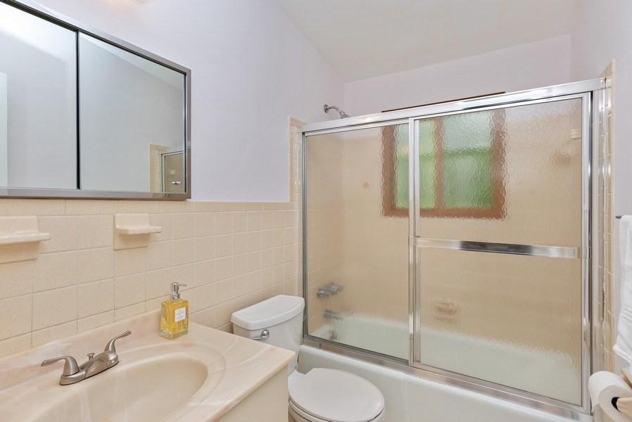 Real Estate Photography - 3 Morningside Ct, Ossining, NY, 10562 - Pristine tiled 2nd Full Bathroom