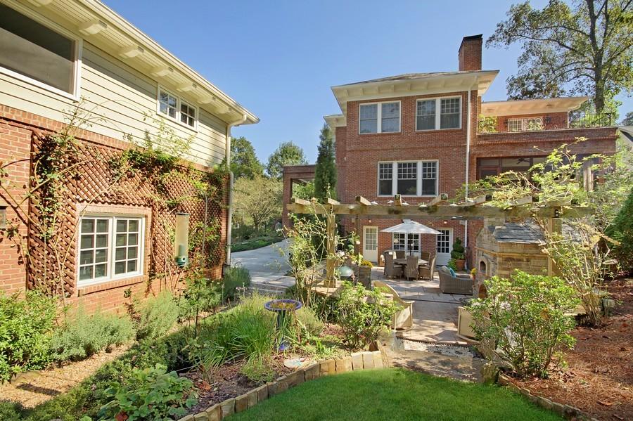 Real Estate Photography - 1000 Springdale Road, Atlanta, GA, 30306 - Back Yard