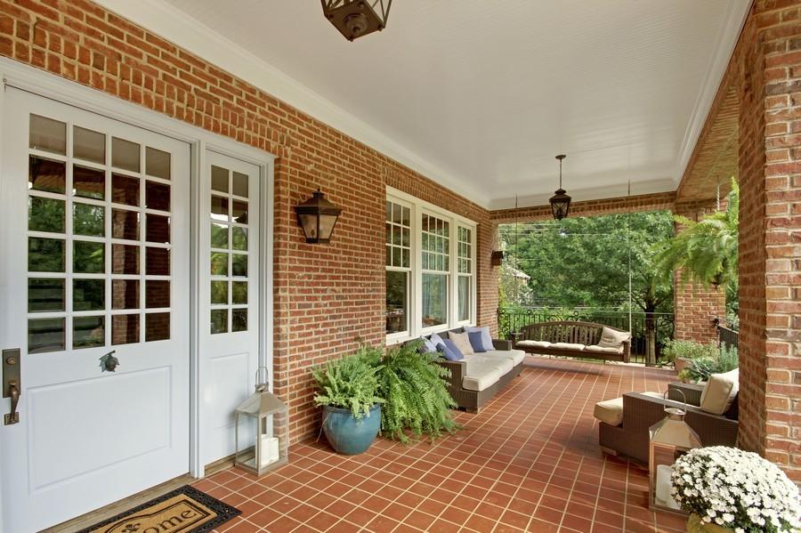 Real Estate Photography - 1000 Springdale Road, Atlanta, GA, 30306 - Entryway
