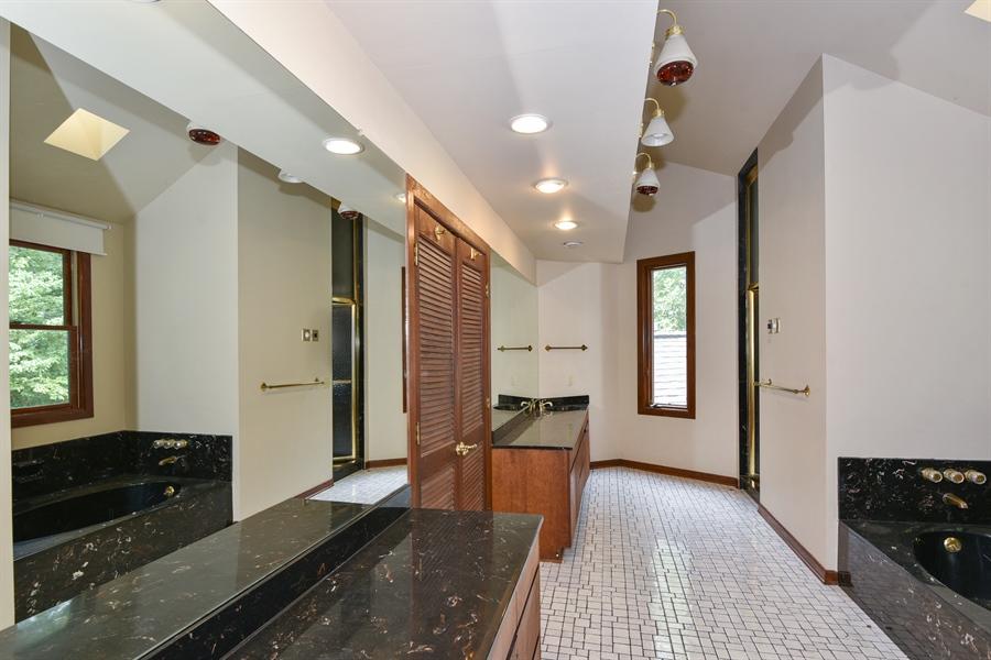 Real Estate Photography - 185 River North Ct, Sandy Springs, GA, 30328 - Master Bathroom