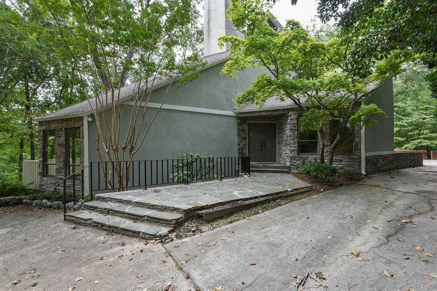 Real Estate Photography - 185 River North Ct, Sandy Springs, GA, 30328 - Front View