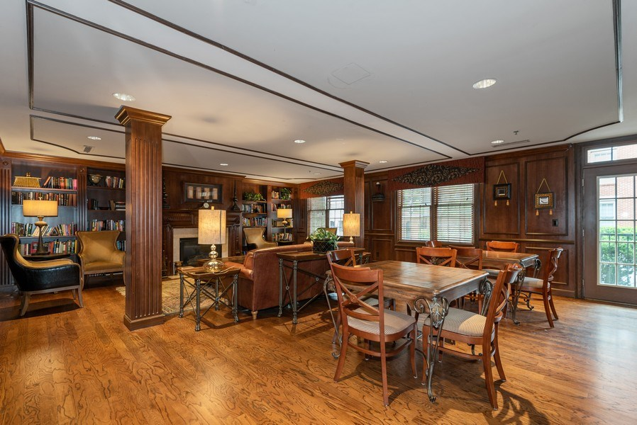 Real Estate Photography - 1735 Peachtree St, #331, Atlanta, GA, 30309 - Clubhouse