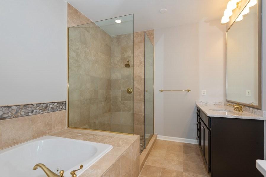 Real Estate Photography - 1735 Peachtree St, #331, Atlanta, GA, 30309 - Master Bathroom