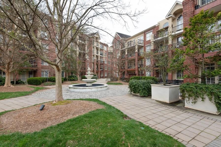 Real Estate Photography - 1735 Peachtree St, #331, Atlanta, GA, 30309 - Terrace 3