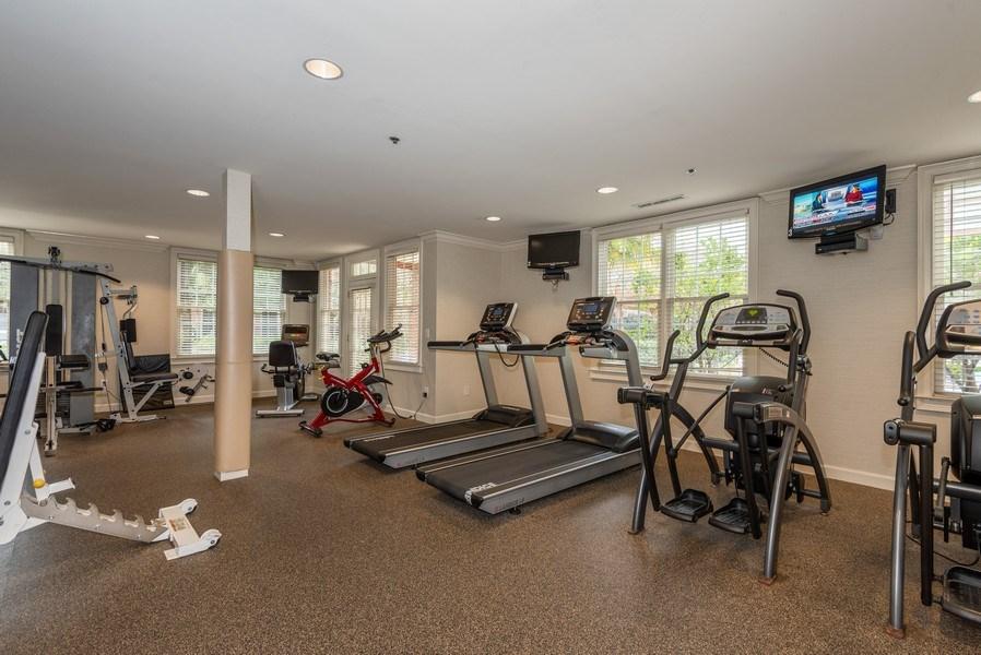 Real Estate Photography - 1735 Peachtree St, #331, Atlanta, GA, 30309 - Gym