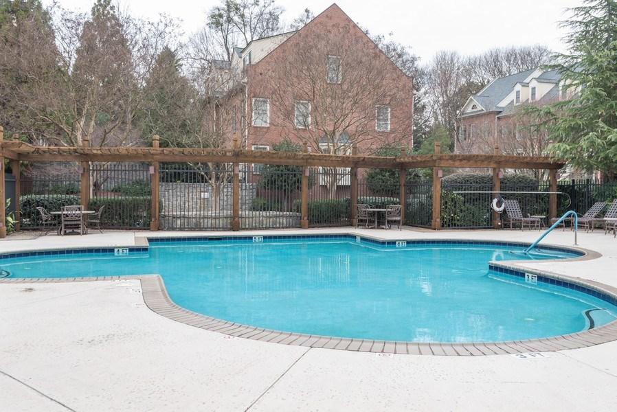 Real Estate Photography - 1735 Peachtree St, #331, Atlanta, GA, 30309 - Pool