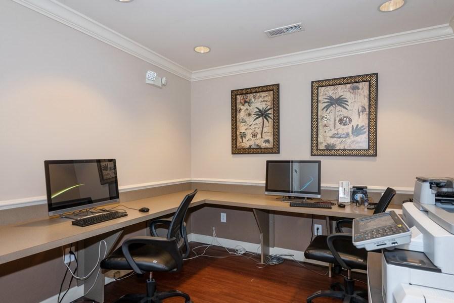 Real Estate Photography - 1735 Peachtree St, #331, Atlanta, GA, 30309 - Business Center