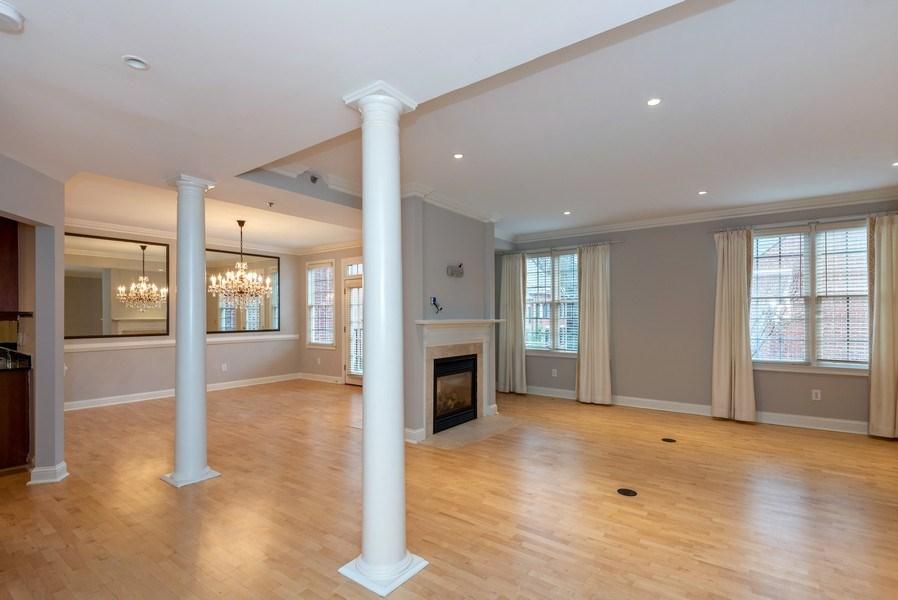 Real Estate Photography - 1735 Peachtree St, #331, Atlanta, GA, 30309 - Living Room / Dining Room