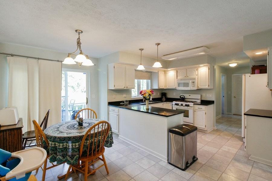 Real Estate Photography - 26 White Oak Bend, Rochester, NY, 14624 - Kitchen