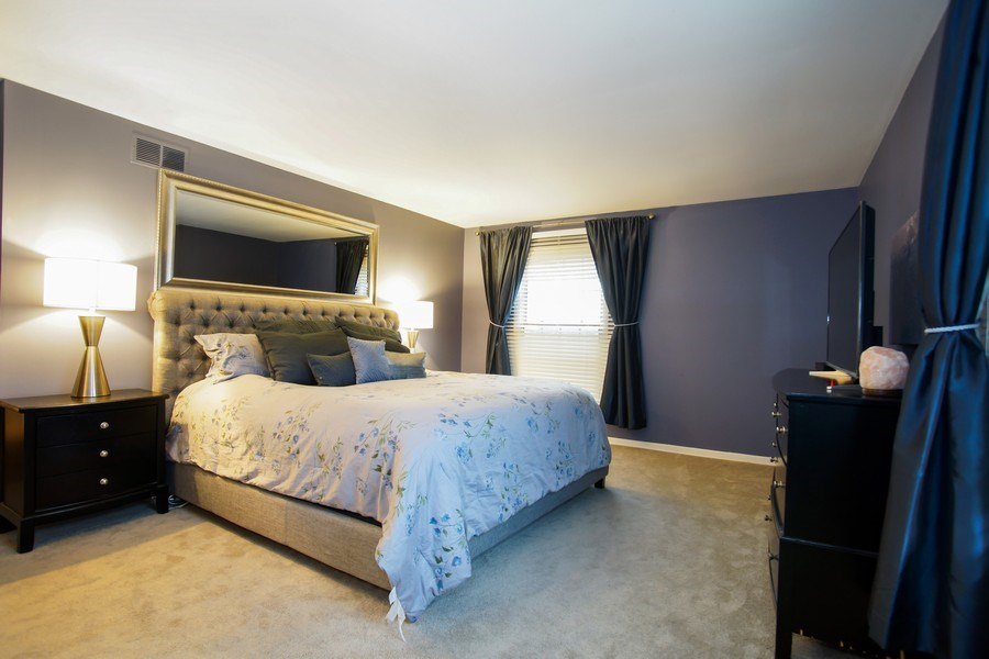 Real Estate Photography - 846 W Partridge Dr, Palatine, IL, 60067 - Master Bedroom