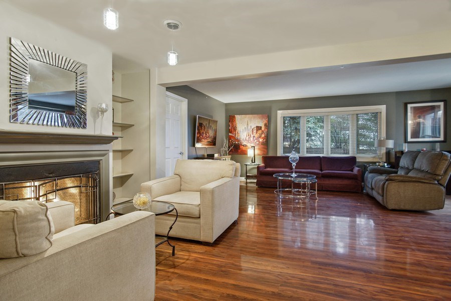 Real Estate Photography - 846 W Partridge Dr, Palatine, IL, 60067 - Family Room