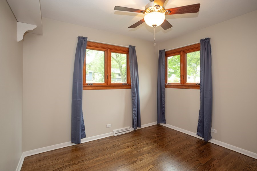 Real Estate Photography - 126 S Dwyer St, Arlington Heights, IL, 60005 - 2nd Bedroom