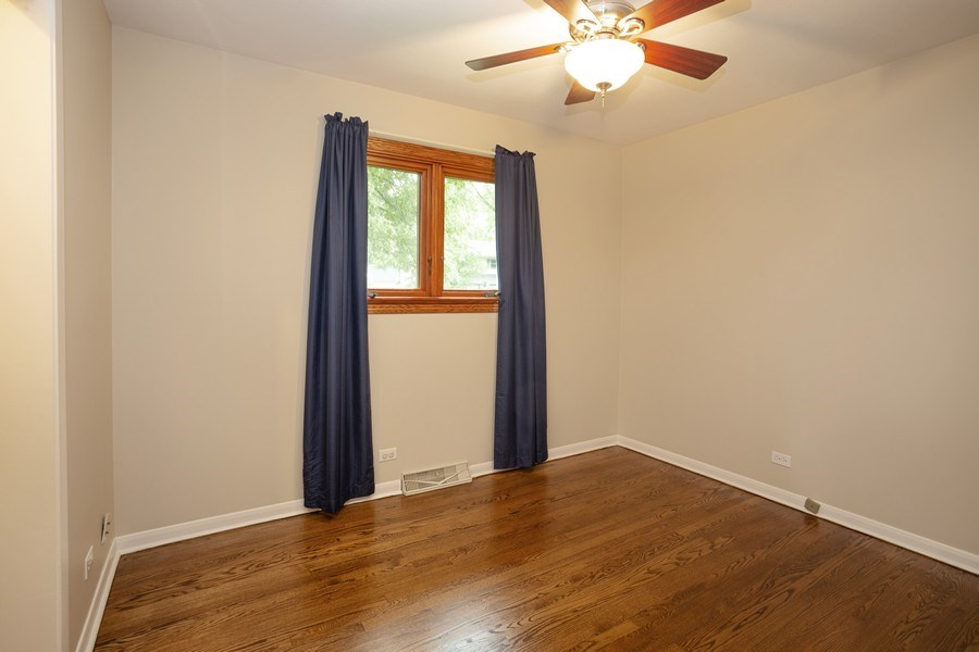 Real Estate Photography - 126 S Dwyer St, Arlington Heights, IL, 60005 - 3rd Bedroom