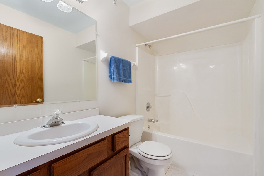 Real Estate Photography - 7775 Bristol Park Dr, Unit 3NW, Tinley Park, IL, 60477 - Bathroom