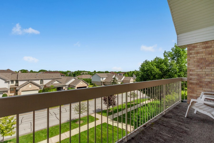 Real Estate Photography - 7775 Bristol Park Dr, Unit 3NW, Tinley Park, IL, 60477 - Balcony