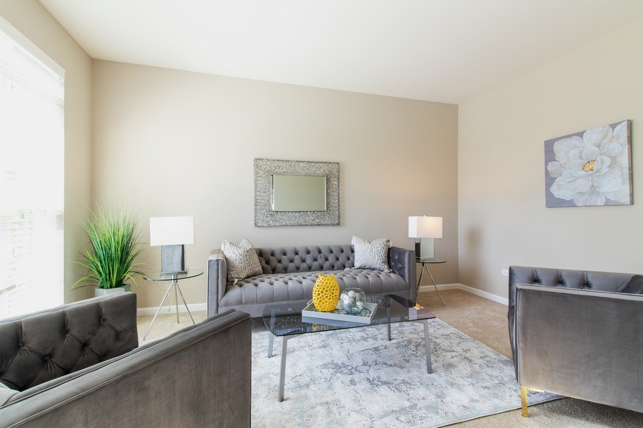 Real Estate Photography - 516 Regal, Bolingbrook, IL, 60490 - Living Room
