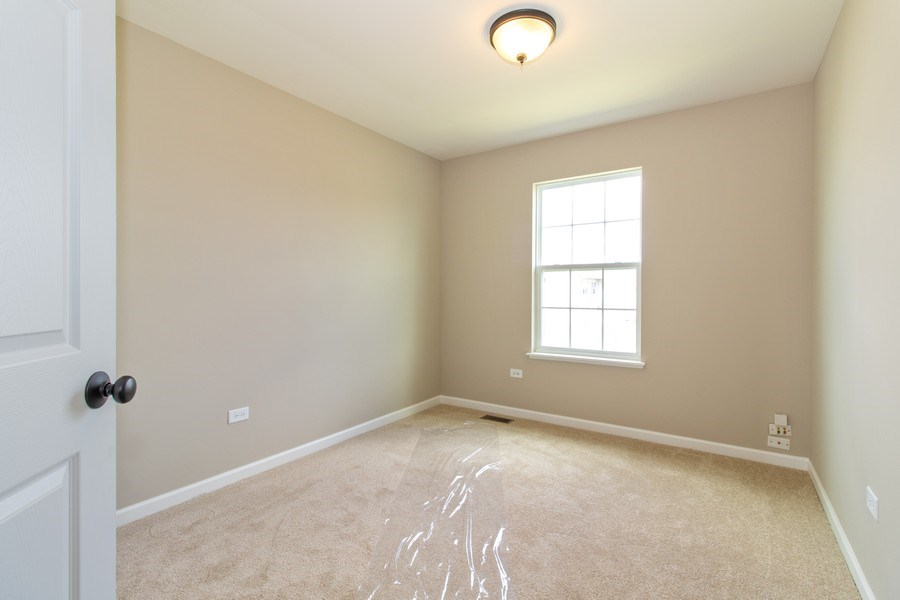 Real Estate Photography - 516 Regal, Bolingbrook, IL, 60490 - Bedroom