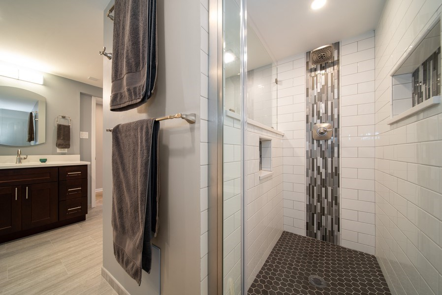 Real Estate Photography - 543 Blackhawk Dr, Lake in the Hills, IL, 60156 - Bathroom